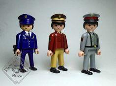 Evolución del uniforme de la policia   Evulution of police 's uniform   Playmobil