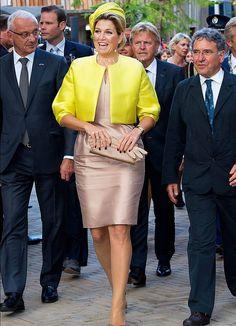 Koningin Máxima opent nieuw museum Micropia | ModekoninginMaxima.nl | 30-09-2014
