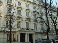 23-24 Leinster Gardens, a false facade used as location in His Last Vow