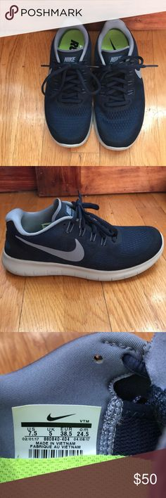 online retailer 37c8d 32d46 Nike free shoes Navy blue Nike Free s only worn once! Size 7.5. No  noticeable