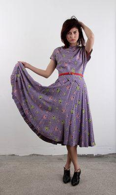 1940s Peplum Dress . Lavender Gown . Vase Print . by VeraVague, $90.00