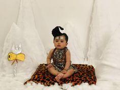 Monthly Baby Photos, Newborn Baby Photos, Baby Girl Newborn, Kids Birthday Photography, Newborn Baby Photography, Maternity Dresses For Baby Shower, Baby Dresses, Baby Doll Bed, Baby Boy Dress
