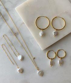 Cute Jewelry, Pearl Jewelry, Photo Jewelry, Antique Jewelry, Gold Jewelry, Jewelry Scale, Jewelry Clasps, Skull Jewelry, Hippie Jewelry
