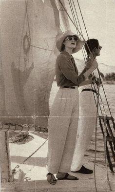 Spain Fashion, 1930s Fashion, Retro Fashion, Vintage Fashion, Nautical Fashion, Curvy Fashion, Vintage Photographs, Vintage Photos, Foto Art