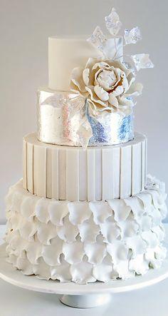 Wedding ● Cake | White Wedding Ideas by F&L http://www.pinterest.com/FLDesignerGuide/white-wedding/