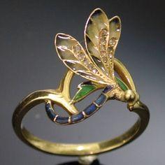 Dragonfly ring
