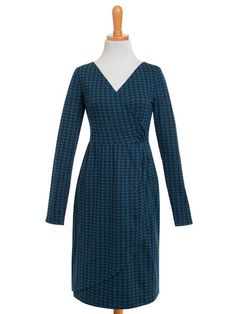 Buy Retro Dresses for Women Online - Girl Intuitive