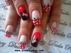 Minnie unhas