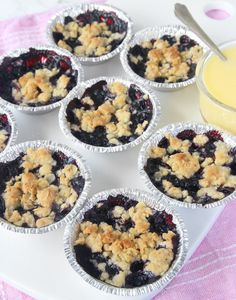 Mini Blueberry Muffins, Mini Muffins, Grandma Cookies, Afternoon Tea Parties, Something Sweet, Yummy Cakes, No Bake Cake, Tapas, Sweet Tooth