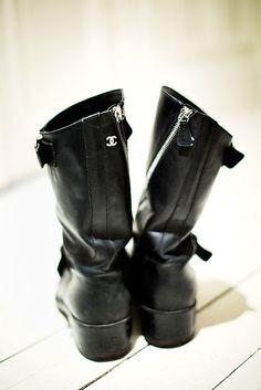 Camilla-Modin-Chanel-boots