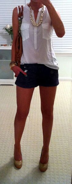 Trendy womens fashion casual date summer outfits Short Outfits, Summer Outfits, Casual Outfits, Cute Outfits, Dress Summer, Night Outfits, Heels Outfits, Summer Shorts, Black Shorts Outfit Summer