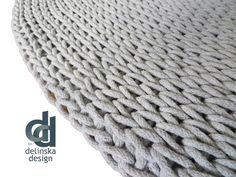 Round rug, dia 140 cm