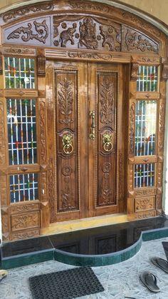 Single Door Design, Wooden Front Door Design, Double Door Design, Wood Front Doors, Main Door Design, House Front Design, Door Design Images, Temple Design For Home, Modern Wooden Doors