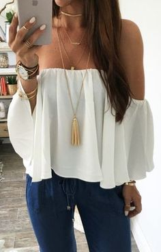 summer outfits White Off The Shoulder Top + Denim (Top Moda Invierno) Mode Outfits, Casual Outfits, Fashion Outfits, Spring Summer Fashion, Spring Outfits, Outfit Summer, Mode Style, Look Fashion, Street Fashion