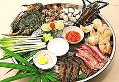 Lẩu hải sản - món ăn hải sản Đà nẵng  http://vuadulich.com/kham-pha-7-mon-an-hai-san-da-nang-ngon-tuyet/