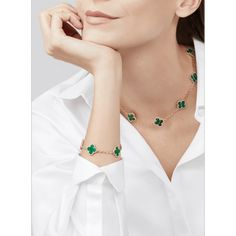 Improving Life Quality Jewelry of Replica Van Cleef & Arpels Necklace, Cheap Cartier Ring, Fake Hermes Bracelet Moon Jewelry, Moonstone Jewelry, High Jewelry, Jewellery, Geek Jewelry, Van Cleef And Arpels Jewelry, Van Cleef Arpels, Photo Jewelry, Fashion Jewelry