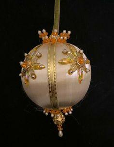 "3.5/"" Candy Cane Beaded Ornament metallic Christmas Colors NEW handmade"