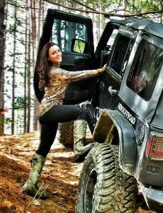 Need some pics of the wife on my jeep #jeepbabes