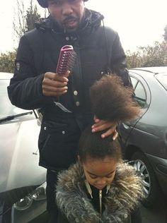 Fatherhood for baby naturals Black Dad, Black Fathers, Fathers Love, Black King, Black Queen, My Black Is Beautiful, Beautiful Family, Black Love, Beautiful Children