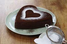 Schokoladenkuchen zum Valentinstag http://www.fuersie.de/kitchen-girls/rezepte/blog-post/schokoladenkuchen-ohne-mehl
