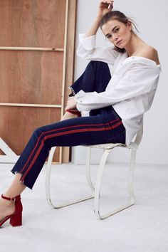 Shop the Mother Insider Crop Step Fray High-Rise High-Low Jeans and more Anthropologie at Anthropologie today. Read customer reviews, discover product details and more.