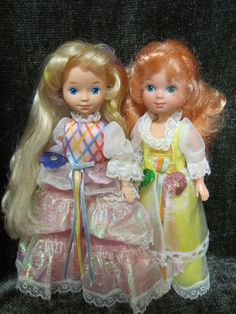 I had the one in the pink dress called Lady LovelyLocks. She had all the little animal clips that had attachable hair 90s Childhood, Childhood Memories, Vintage Barbie, Vintage Toys, Lady Lovely Locks, Old School Toys, Smells Like Teen Spirit, 90s Toys, 80s Kids