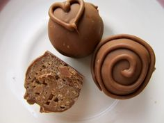 Mary Quite Contrary Bakes: Samoa Truffles! Oh this could be sinfull!