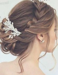 Wedding Hair Vine, Bridal Hair Piece, bridal hair accessory, tocados novia, rose… - All For Hairstyles DIY Winter Wedding Hair, Classic Wedding Hair, Wedding Hair Side, Boho Wedding Hair, Wedding Hair Pieces, Wedding Hair And Makeup, Rose Wedding, Bridal Makeup, Summer Wedding
