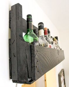 55 ideas on ways to reuse pallets for DIY pallet projects. Lots of DIY pallet project ideas. Alcohol Storage, Liquor Storage, Pallet Crafts, Diy Pallet Projects, Pallet Ideas, Diy Crafts, Diy Pallet Furniture, Cool Furniture, Furniture Ideas