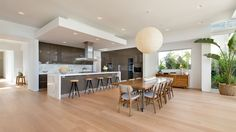 Lovely Contemporary Home on Di Lido Island in Miami Country Contemporary Decor, Contemporary Furniture, Contemporary Design, Beautiful Dining Rooms, Open Plan Kitchen, Kitchen Dining, Open Plan Living, Modern Interior, Home Kitchens