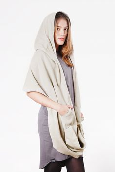 earthy colors on dawanda.com Mnishkha is a loose, minimalistic hood with two pockets, inspired by the comfort and functionality. You can wear Mnishkha in variety of ways: as a poncho, funnel with hood, double or triple-wrapped...
