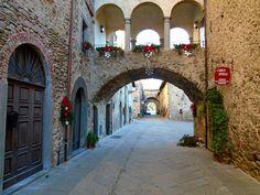 Borgo di Filetto (Villafranca in Lunigiana, Italy): Top Tips Before You Go - TripAdvisor