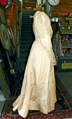 19th Century Orig 3pc VICTORIAN DRESS Creme Grosgrain LACE Beauty Estate LEGIT #Unknown