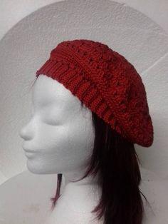 Rode dames baret €22,50 Deze katoenen dames baret, is een van een collectie handgemaakte baretten voor wie net iets anders zoekt. Dit model is gehaakt in de kleur rood. Een super leuke aanwinst voor jouw garderobe als je van een romantisch en vrouwelijke uitstraling houdt. Net, Crochet Hats, Model, Fashion, Knitting Hats, Moda, La Mode, Scale Model