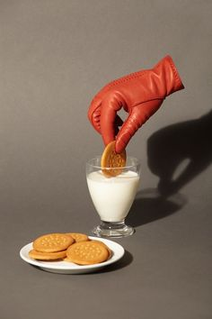 art direction food still life photgraphy hand with glove dunking cookie in milk Glass Photography, Minimal Photography, Fruit Photography, Still Life Photography, Photography Lighting, Abstract Photography, Family Photography, Travel Photography, Wedding Photography