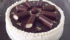 Recept: Ilyen finomat még nem ettél, megérkezett a túró rudi torta Hungarian Desserts, Hungarian Cake, Best Cake Recipes, Cupcake Recipes, Dessert Recipes, Tea Cakes, Cupcake Cakes, Coconut Brownies, Torte Cake