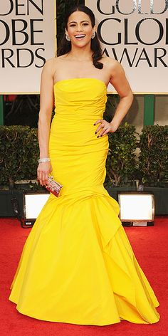 Paula Patton in Monique Lhuillier at the 2012 Golden Globes
