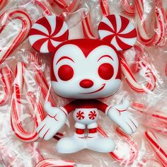 ***ORDERS CLOSED*** Break out the hot chocolate! My first Limited Edition Holiday piece of the season has arrived- It's Peppermint Mickey! Pop Custom, Custom Funko Pop, Funko Pop Vinyl, Pop Disney, Disney Stuff, Funko Pop Dolls, Pop Figurine, Funk Pop, Pop Toys