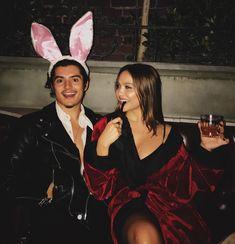 hugh & her bunny 🖤🐰 Halloween Outfits, Easy Couple Halloween Costumes, Holiday Costumes, Halloween Cosplay, Celebrity Halloween Costumes, Unique Costumes, Creative Costumes, Couple Costumes, Halloween 2020