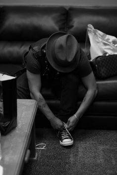 Bruno mars...who knew tying a shoe could be so HOT!