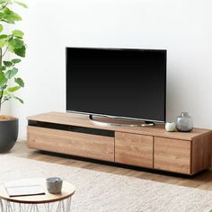 Wooden Sofa Designs, Sofa Design, Tv Wall Design, Cool House Designs, Tv Stand Decor, Wooden Pallet Furniture, Tv Room Design, Luxury Home Furniture, Wall Tv Unit Design