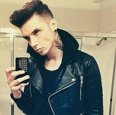 Andy Biersack, Black Veil Brides.