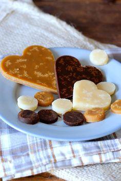 Cooking A Turkey Info: 9991543148 Dutch Recipes, Sweet Recipes, Cooking Recipes, Cooking Games, Beignets, Caramel Bonbons, Macarons, Homemade Sweets, High Tea