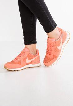 Köp Nike Sportswear INTERNATIONALIST - Sneakers - crimson bliss/vintage coral för 949,00 kr (2018-03-31) fraktfritt på Zalando.se
