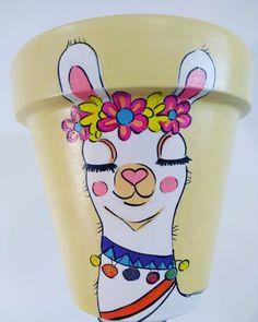 Flower Pot Art, Flower Pot Design, Clay Flower Pots, Flower Pot Crafts, Clay Pots, Painted Plant Pots, Painted Flower Pots, Rock Crafts, Diy And Crafts