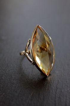 snake gold and citrine ring - Pesquisa Google