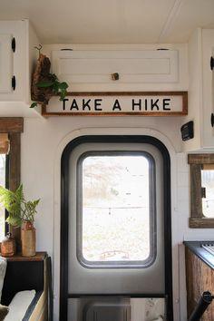 Camper Life, Truck Camper, Camper Trailers, Travel Trailer Camping, Camping Hacks, Rv Travel, Rv Camping, Airstream, Cabana