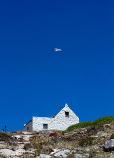 Beach cottage in Arniston, South Africa. Photo by Zoe Shuttleworth/Flickr.