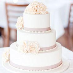 27 super ideas wedding cakes simple elegant classy wedding cakes cakes elegant cakes rustic cakes simple cakes unique cakes with flowers Elegant Wedding Cakes, Beautiful Wedding Cakes, Wedding Cake Designs, Beautiful Cakes, Dream Wedding, Trendy Wedding, Rose Wedding, Wedding Vintage, Wedding Simple
