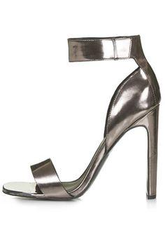 RARE Metal Toe Sandals